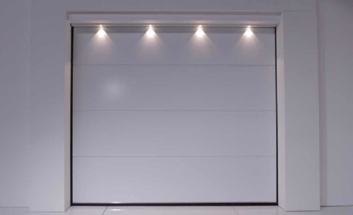 usi-de-garaj-fara-linii-doorTECK-alb-smilo-holding