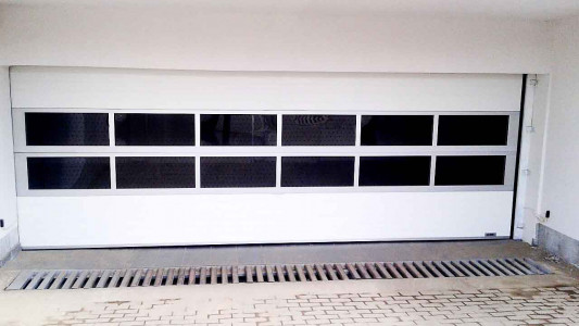 Usa-de-garaj-sectionala-doorTECK-19-min